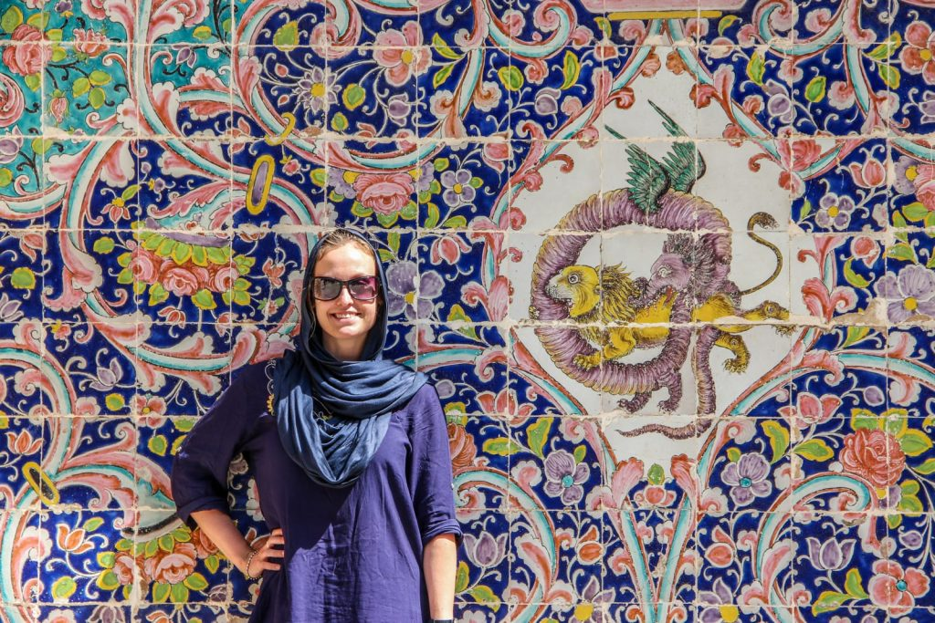 solo woman traveling to Iran