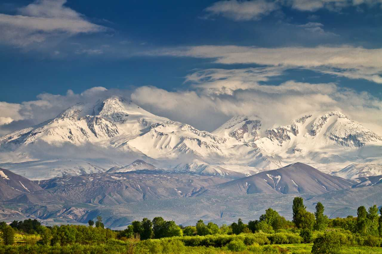 The beautiful mountains of Ardabil