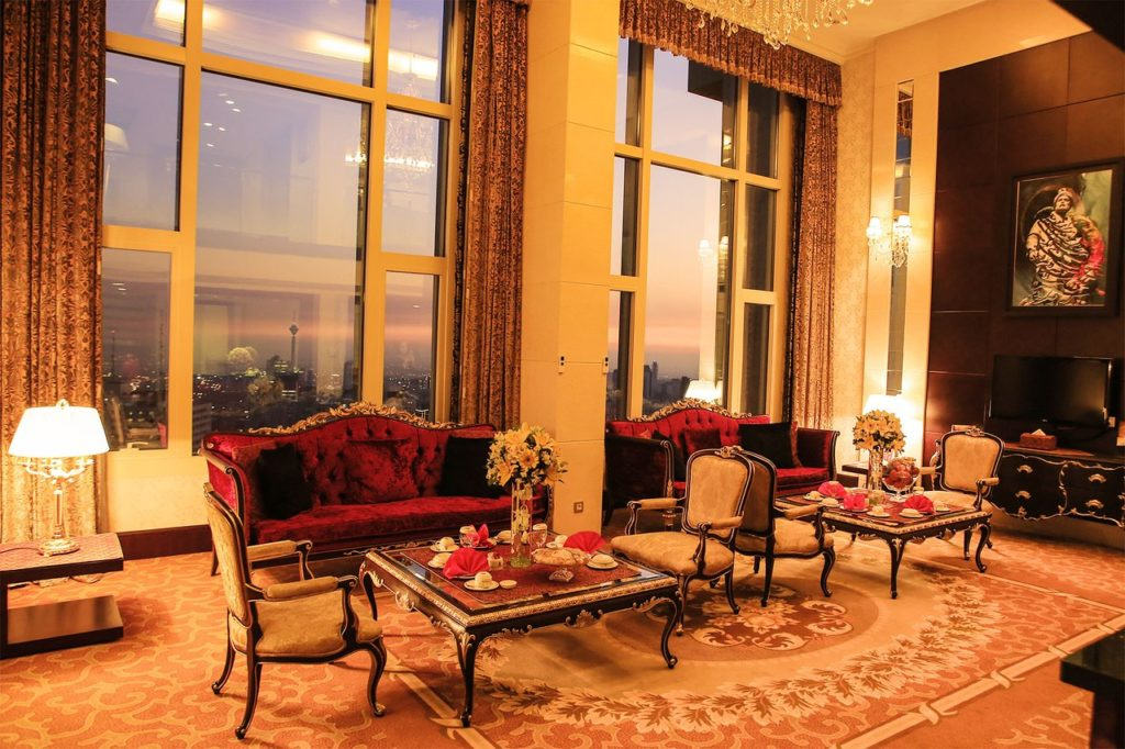 Parsian Azadi presidential suite